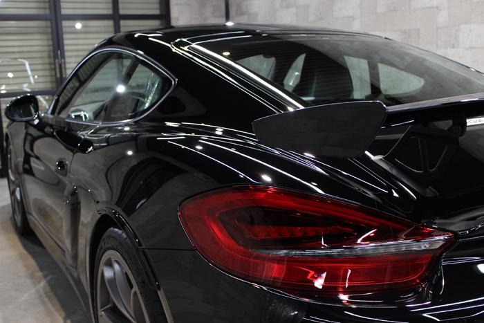 ポルシェ ケイマン GT4 ブラック テールライト