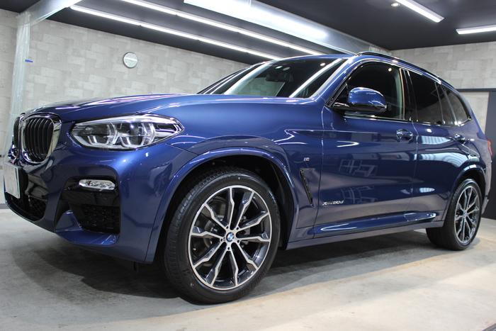 BMW X3 ファイトニックブルー ホイール左