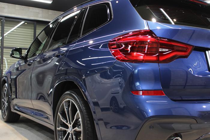 BMW X3 ファイトニックブルー リアバンパー