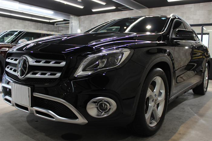 メルセデスベンツ GLA220 コスモスブラック フロントバンパー左