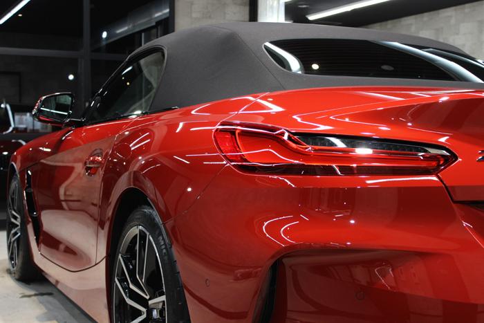 BMW Z4 サンフランシスコレッド テールレンズ
