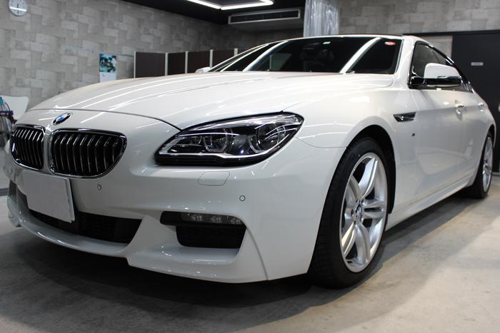 BMW 640iグランクーペ アルピンホワイト フロントバンパー左
