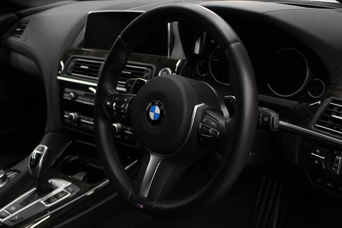BMW 640iグランクーペ アルピンホワイト ステアリングコーティング