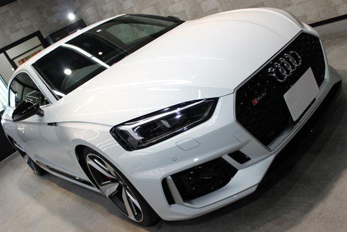 アウディ RS5 グレイシアホワイトメタリック ボンネット右