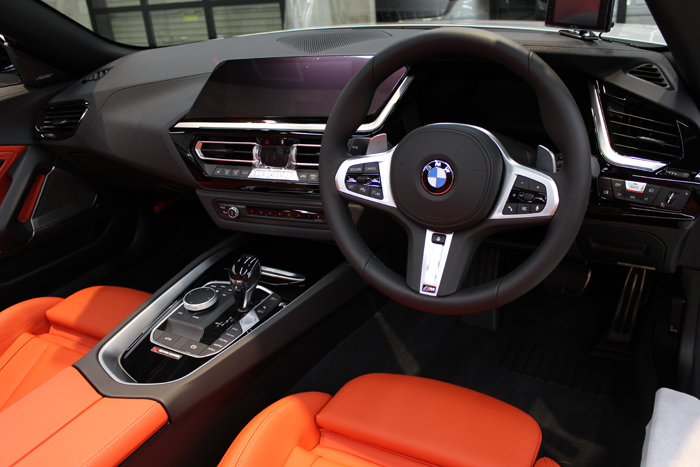 BMW Z4 アルピンホワイト 内装コーティング1