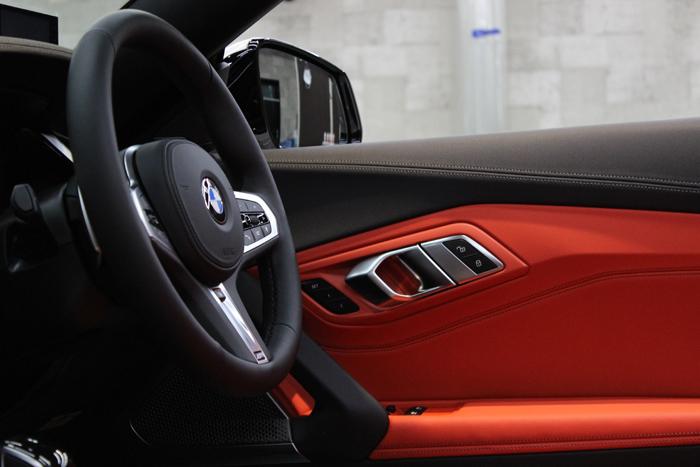 BMW Z4 アルピンホワイト 内装コーティング ドアトリム