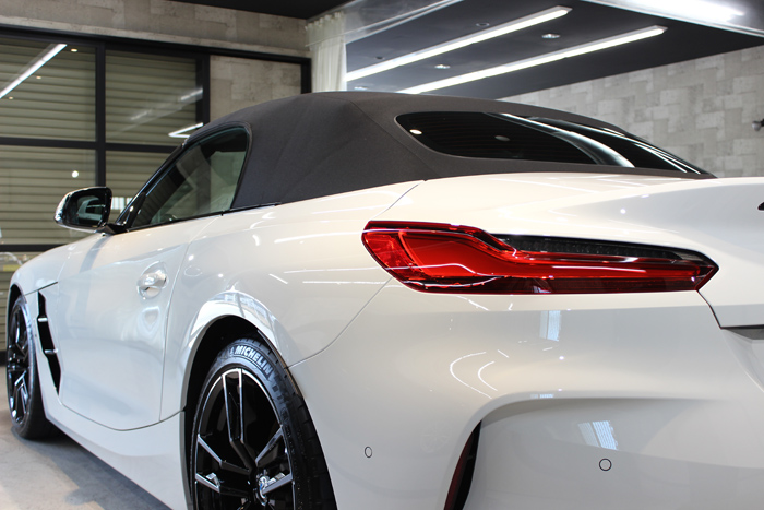 BMW Z4 アルピンホワイト テールライト