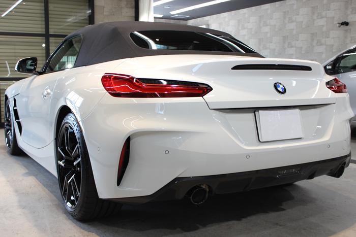 BMW Z4 アルピンホワイト トランク
