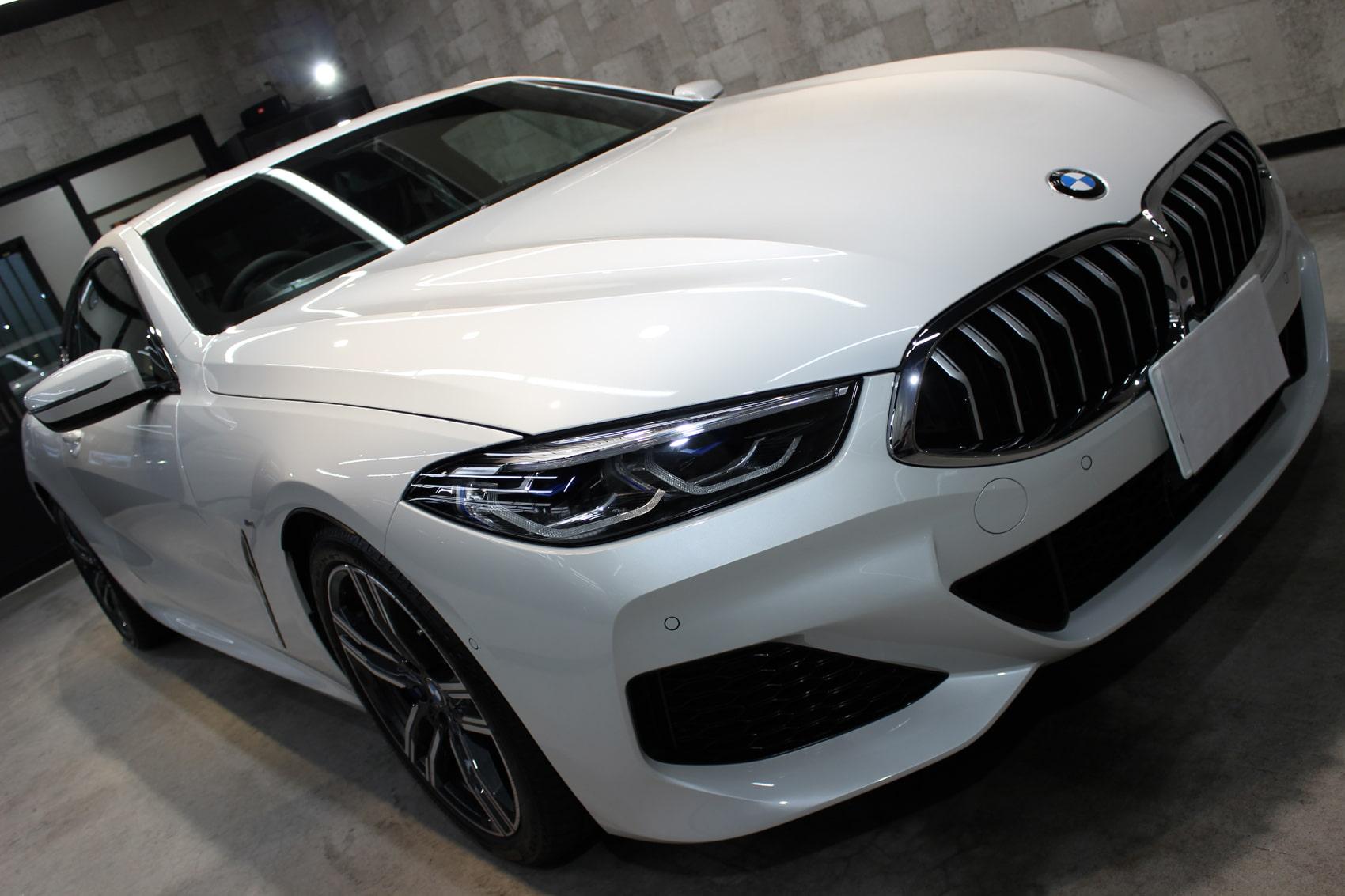 BMW 840iクーペ ミネラルホワイト ボンネット右