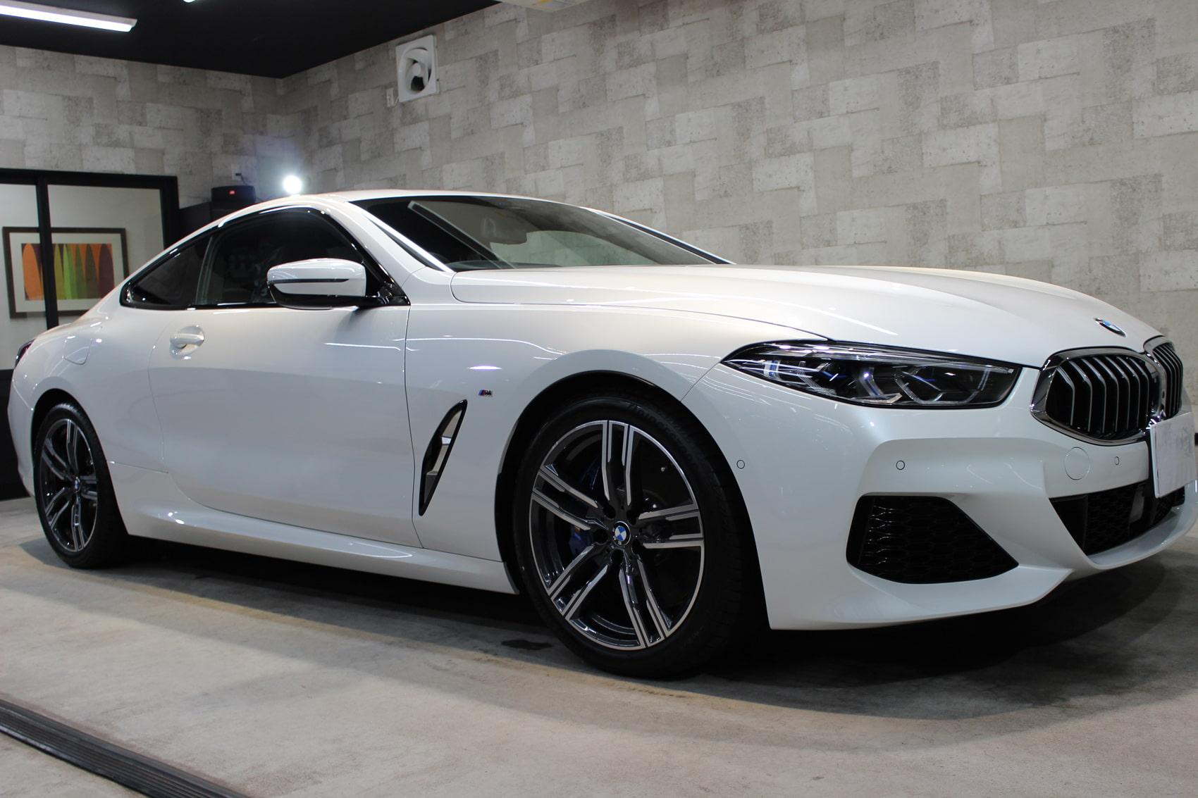 BMW 840iクーペ ミネラルホワイト ホイール右