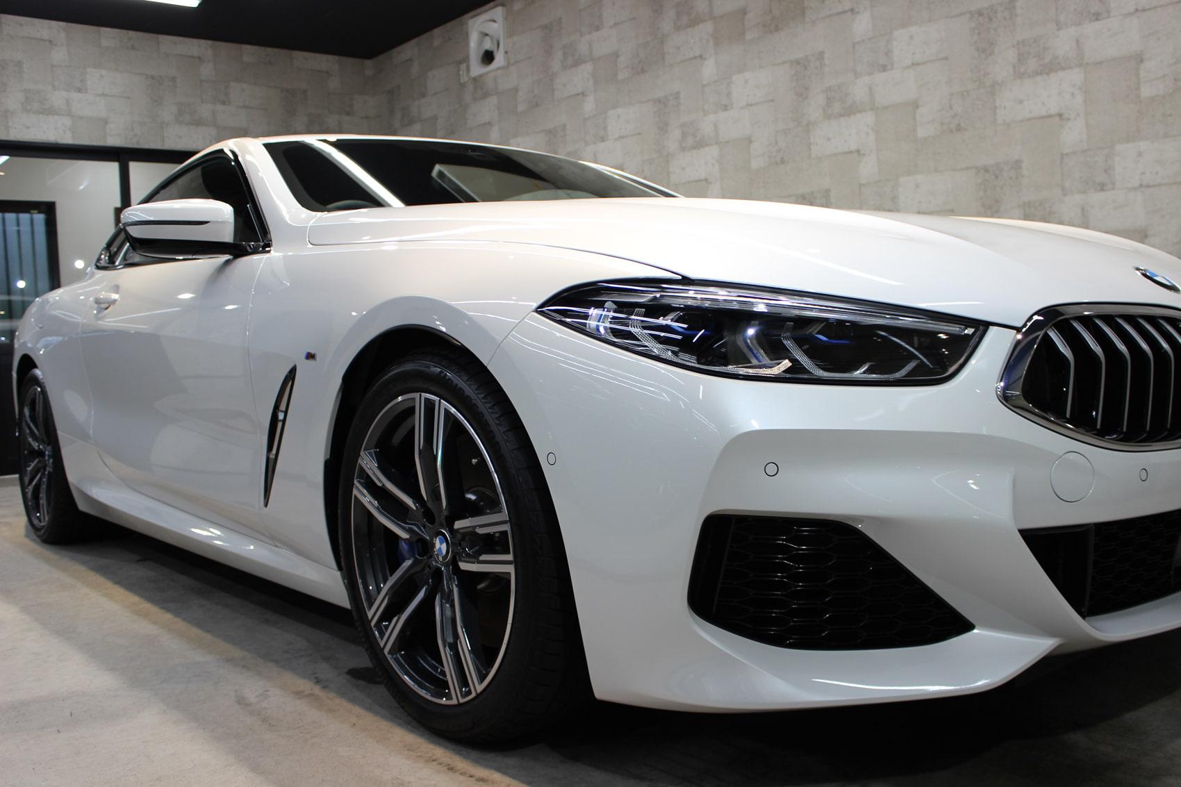 BMW 840iクーペ ミネラルホワイト ヘッドライト