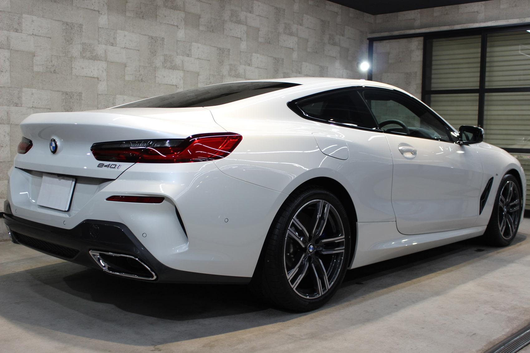 BMW 840iクーペ ミネラルホワイト リアバンパー