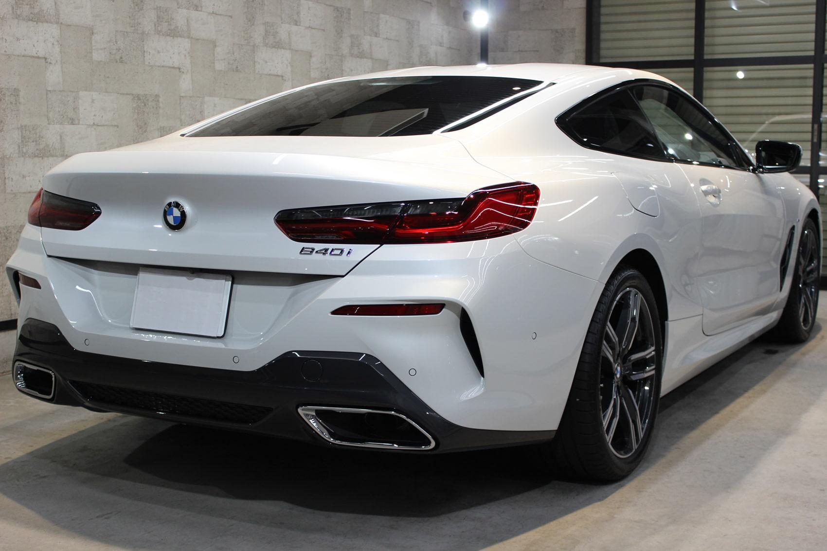 BMW 840iクーペ ミネラルホワイト マフラー