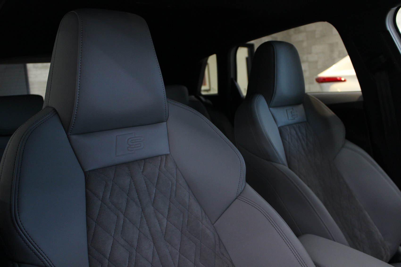 アウディ S3スポーツバック シートコーティング 運転席